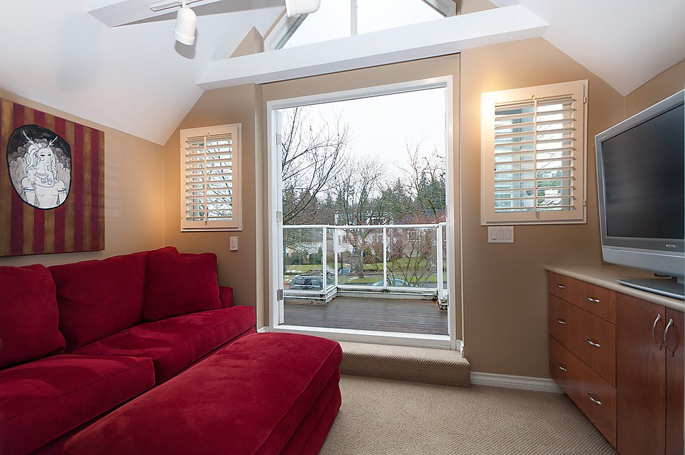 Photo 19: Photos: 4369 W 15TH Avenue in Vancouver: Point Grey House for sale (Vancouver West)  : MLS®# V865308