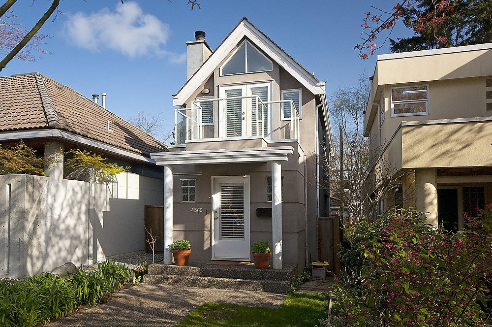 Main Photo: 4369 W 15TH Avenue in Vancouver: Point Grey House for sale (Vancouver West)  : MLS®# V865308