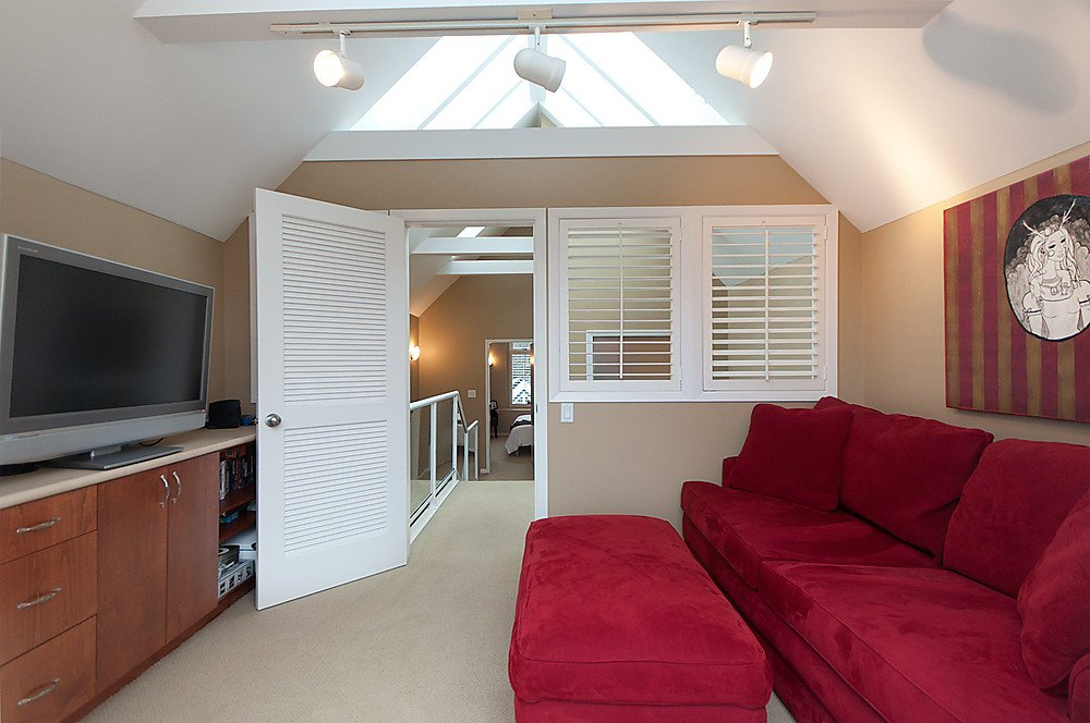 Photo 18: Photos: 4369 W 15TH Avenue in Vancouver: Point Grey House for sale (Vancouver West)  : MLS®# V865308