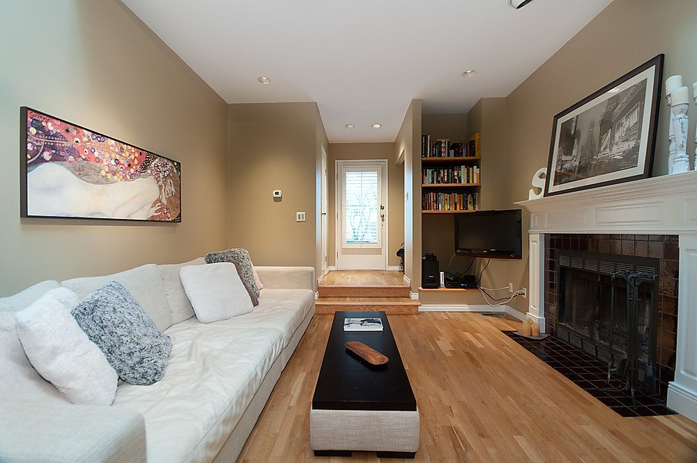 Photo 3: Photos: 4369 W 15TH Avenue in Vancouver: Point Grey House for sale (Vancouver West)  : MLS®# V865308