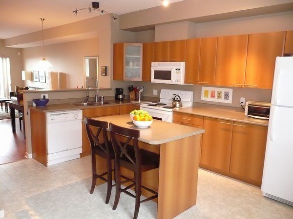 """Photo 9: Photos: 88 2000 PANORAMA Drive in Port_Moody: Heritage Woods PM Townhouse for sale in """"MOUNTAINS EDGE"""" (Port Moody)  : MLS®# V782156"""