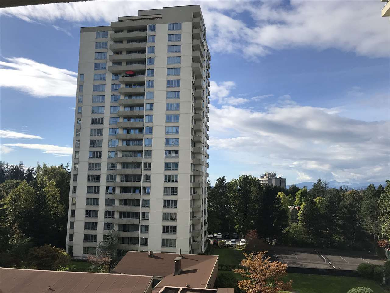 Main Photo: 501 5645 BARKER Avenue in Burnaby: Central Park BS Condo for sale (Burnaby South)  : MLS®# R2507504