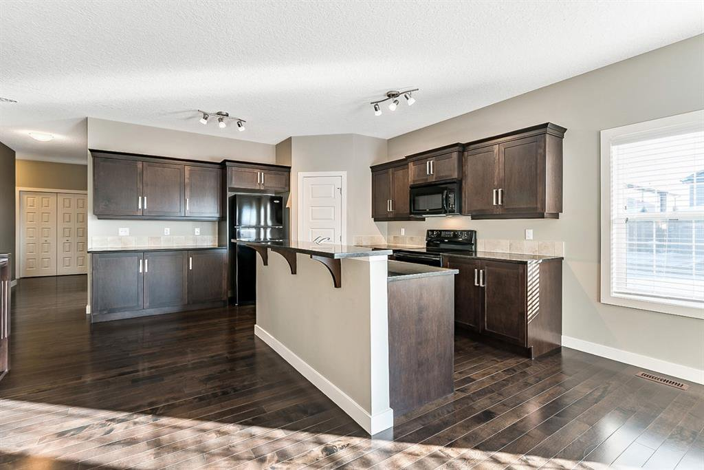 Photo 7: Photos: 101 Monteith Court SE: High River Detached for sale : MLS®# A1043266