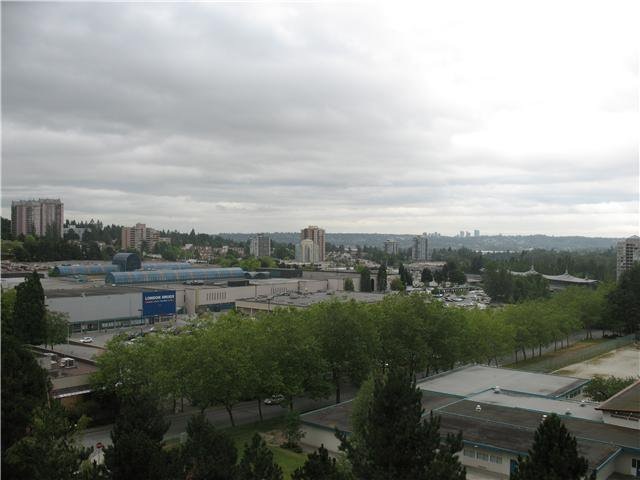 """Photo 10: Photos: 1102 9541 ERICKSON Drive in Burnaby: Sullivan Heights Condo for sale in """"ERICKSON TOWER"""" (Burnaby North)  : MLS®# V842874"""