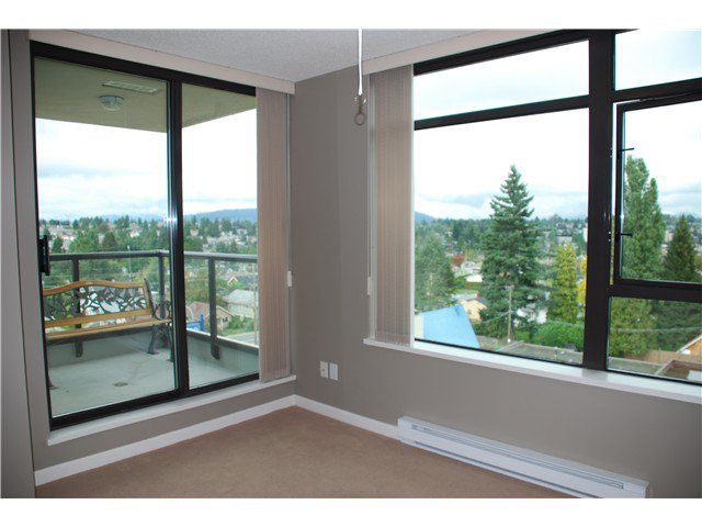 "Photo 14: Photos: 801 615 HAMILTON Street in New Westminster: Uptown NW Condo for sale in ""THE UPTOWN"" : MLS®# V852457"