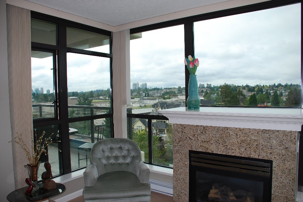 "Photo 3: Photos: 801 615 HAMILTON Street in New Westminster: Uptown NW Condo for sale in ""THE UPTOWN"" : MLS®# V852457"