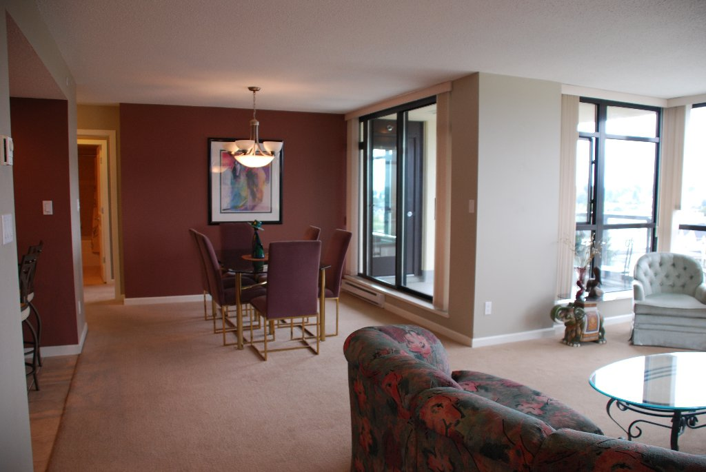 "Photo 4: Photos: 801 615 HAMILTON Street in New Westminster: Uptown NW Condo for sale in ""THE UPTOWN"" : MLS®# V852457"