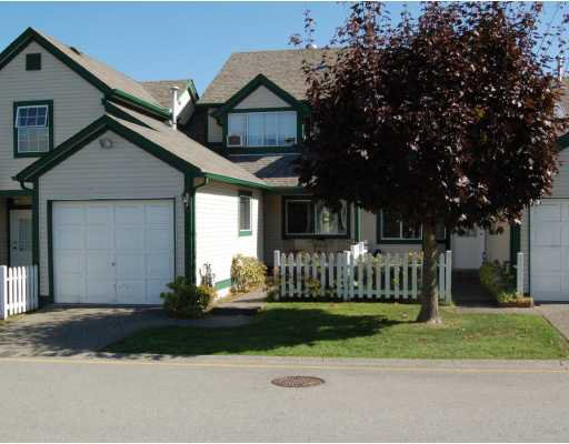 "Main Photo: 103 20675 118TH Avenue in Maple Ridge: Southwest Maple Ridge Townhouse for sale in ""ARBOR WYNDE"" : MLS®# V790487"