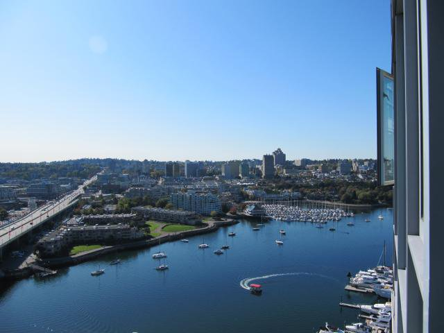 """Main Photo: 3005 1033 MARINASIDE Crescent in Vancouver: False Creek North Condo for sale in """"QUAY WEST RESORT RESIDENCES"""" (Vancouver West)  : MLS®# V792130"""
