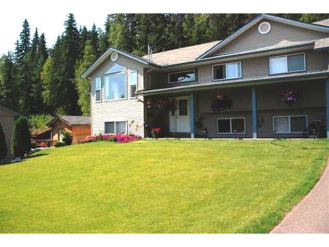 Main Photo: 2575 BEDARD Road in Prince George: Hart Highway House for sale (PG City North (Zone 73))  : MLS®# N206876