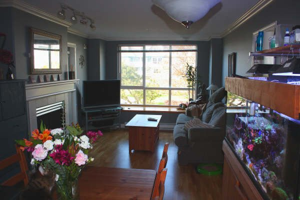 "Photo 3: Photos: 206 12639 NO 2 Road in Richmond: Steveston South Condo for sale in ""NAUTICA SOUTH"" : MLS®# V763129"
