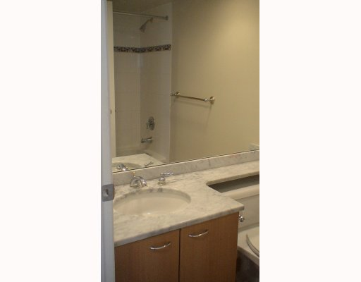 """Photo 7: Photos: 2210 1331 ALBERNI Street in Vancouver: West End VW Condo for sale in """"THE LIONS"""" (Vancouver West)  : MLS®# V767483"""