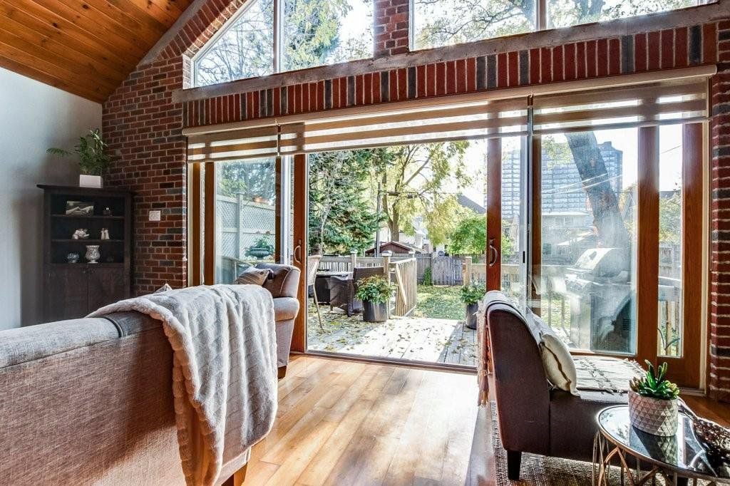 Photo 10: Photos: 528 HAGER Avenue in Burlington: Residential for sale : MLS®# H4091557