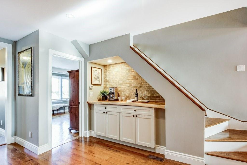 Photo 6: Photos: 528 HAGER Avenue in Burlington: Residential for sale : MLS®# H4091557