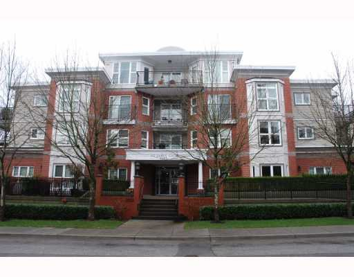"Main Photo: 207 2253 WELCHER Avenue in Port Coquitlam: Central Pt Coquitlam Condo for sale in ""ST. JAMES GATE"" : MLS®# V803660"