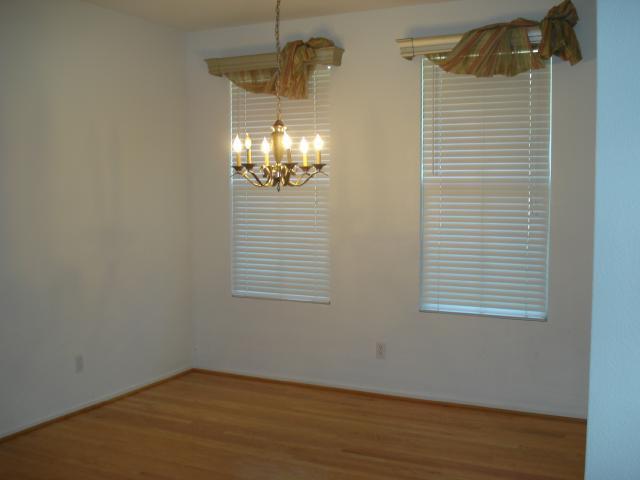 Photo 6: Photos: SAN MARCOS Townhouse for sale : 3 bedrooms : 1736 Morgans Avenue
