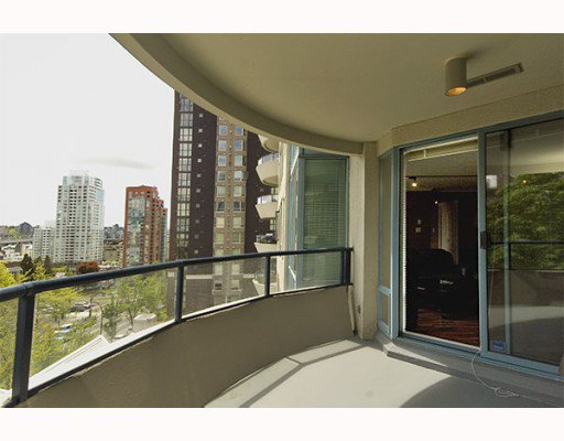 """Photo 2: Photos: 605 1020 HARWOOD Street in Vancouver: West End VW Condo for sale in """"THE CRYSTALLIS"""" (Vancouver West)  : MLS®# V776368"""