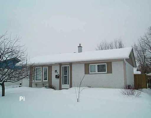 Photo 1: Photos: 92 SUMMERFIELD Way in WINNIPEG: North Kildonan Single Family Detached for sale (North East Winnipeg)  : MLS®# 2600563