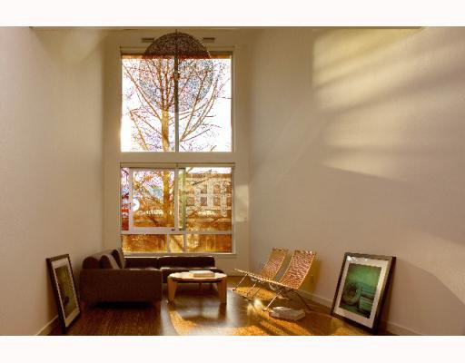 "Main Photo: 308 36 WATER Street in Vancouver: Downtown VW Condo for sale in ""TERMINUS"" (Vancouver West)  : MLS®# V755866"