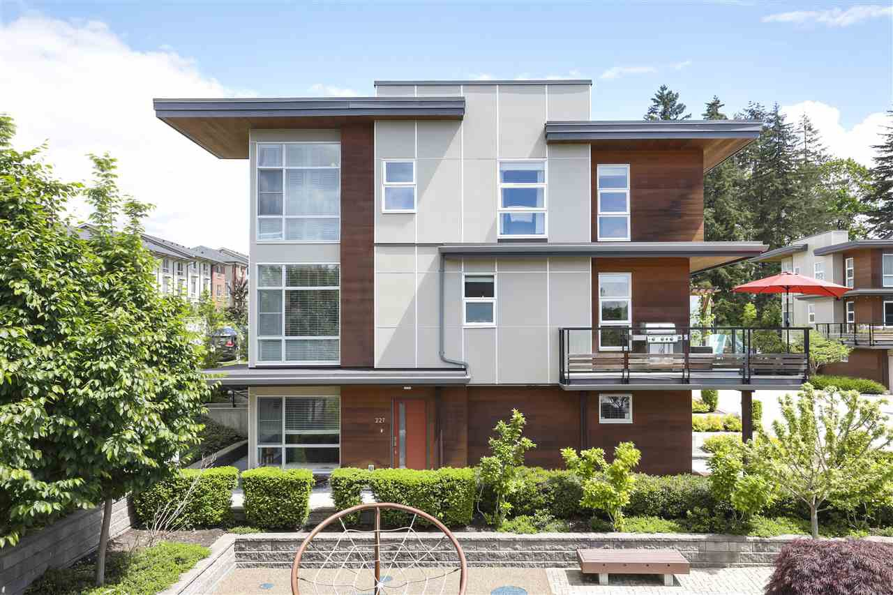 Main Photo: 227 2228 162 STREET in Surrey: Grandview Surrey Townhouse for sale (South Surrey White Rock)  : MLS®# R2458435