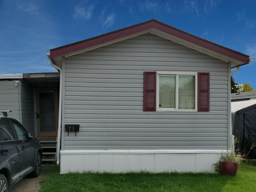 Main Photo: 25 6834 59 Avenue in Red Deer: Normandeau Mobile for sale : MLS®# A1033207