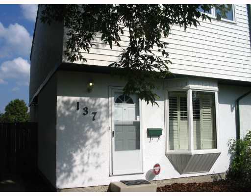 Main Photo: 137 LE MAIRE Street in WINNIPEG: Fort Garry / Whyte Ridge / St Norbert Residential for sale (South Winnipeg)  : MLS®# 2917459