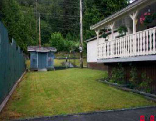 """Photo 8: Photos: 21 10221 WILSON ST in Mission: Stave Falls Manufactured Home for sale in """"TRIPLE CREEK"""" : MLS®# F2513809"""