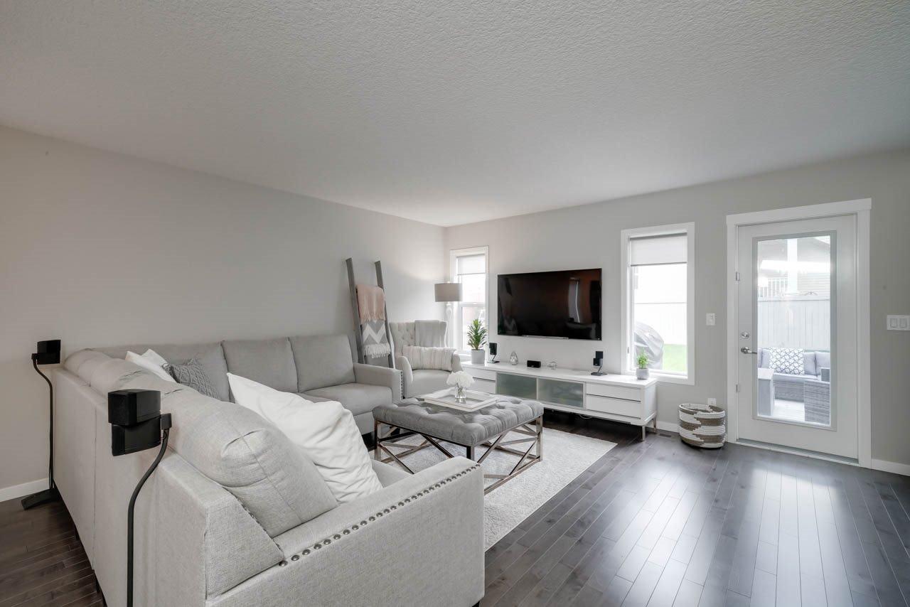 Main Photo: 5242 20 Avenue in Edmonton: Zone 53 House Half Duplex for sale : MLS®# E4178031