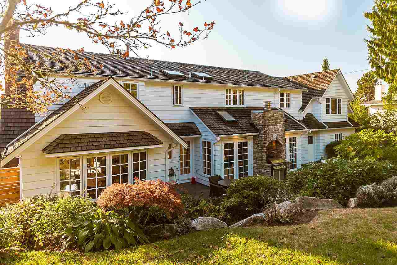 Main Photo: 641 BARNHAM Road in West Vancouver: British Properties House for sale : MLS®# R2421900