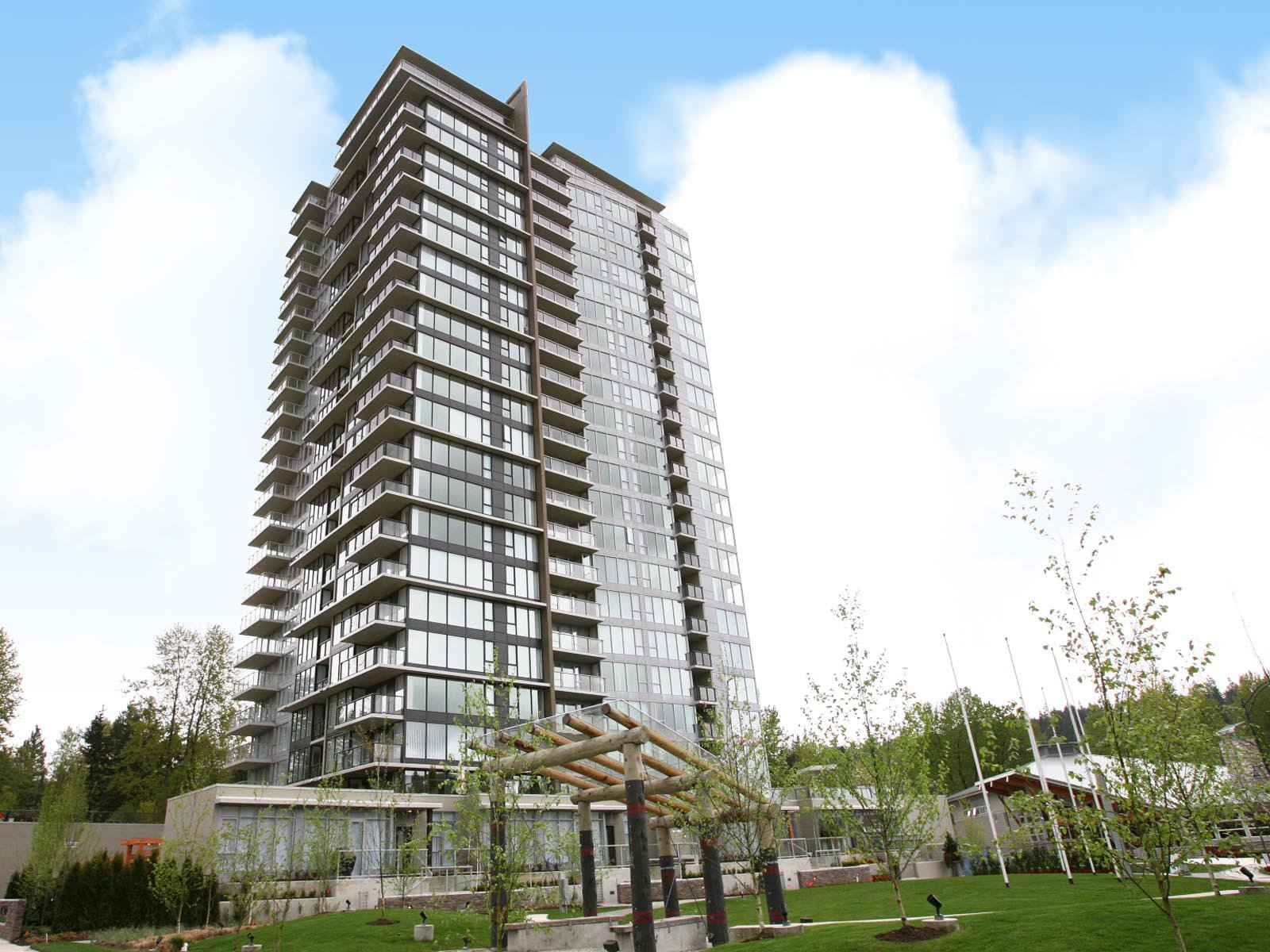 "Main Photo: 1909 651 NOOTKA Way in Port Moody: Port Moody Centre Condo for sale in ""SAHALEE"" : MLS®# R2434090"