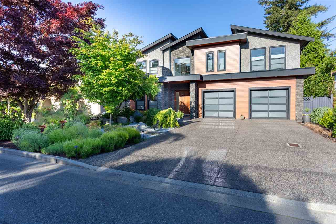 Main Photo: 861 KELVIN Street in Coquitlam: Harbour Chines House for sale : MLS®# R2460698