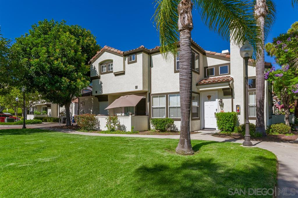 Main Photo: CHULA VISTA Townhouse for sale : 3 bedrooms : 1380 Callejon Palacios #58