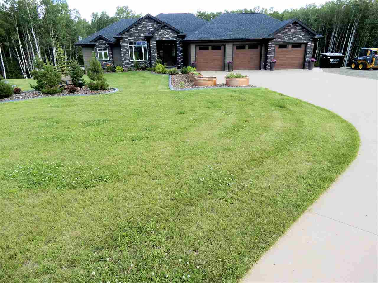 Main Photo: 1130 TWP RD 534: Rural Parkland County House for sale : MLS®# E4207030