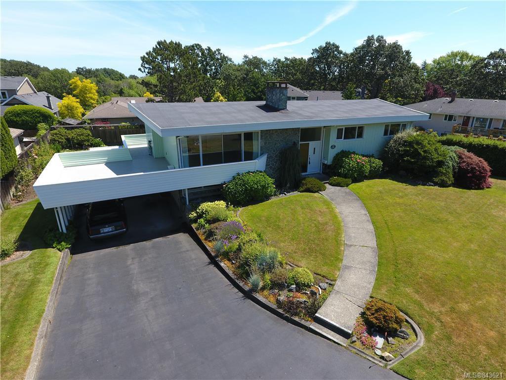 Main Photo: 3005 Devon Rd in Oak Bay: OB Uplands House for sale : MLS®# 843621