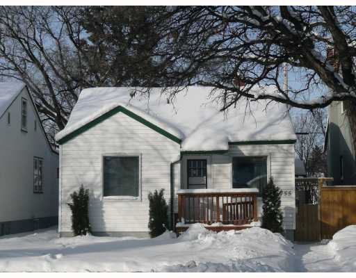 Main Photo: 755 WEATHERDON Avenue in WINNIPEG: Fort Rouge / Crescentwood / Riverview Residential for sale (South Winnipeg)  : MLS®# 2900481