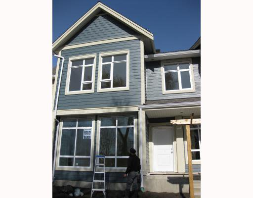 """Main Photo: 1001 E 20TH Avenue in Vancouver: Fraser VE Townhouse for sale in """"Windsor Place"""" (Vancouver East)  : MLS®# V761714"""