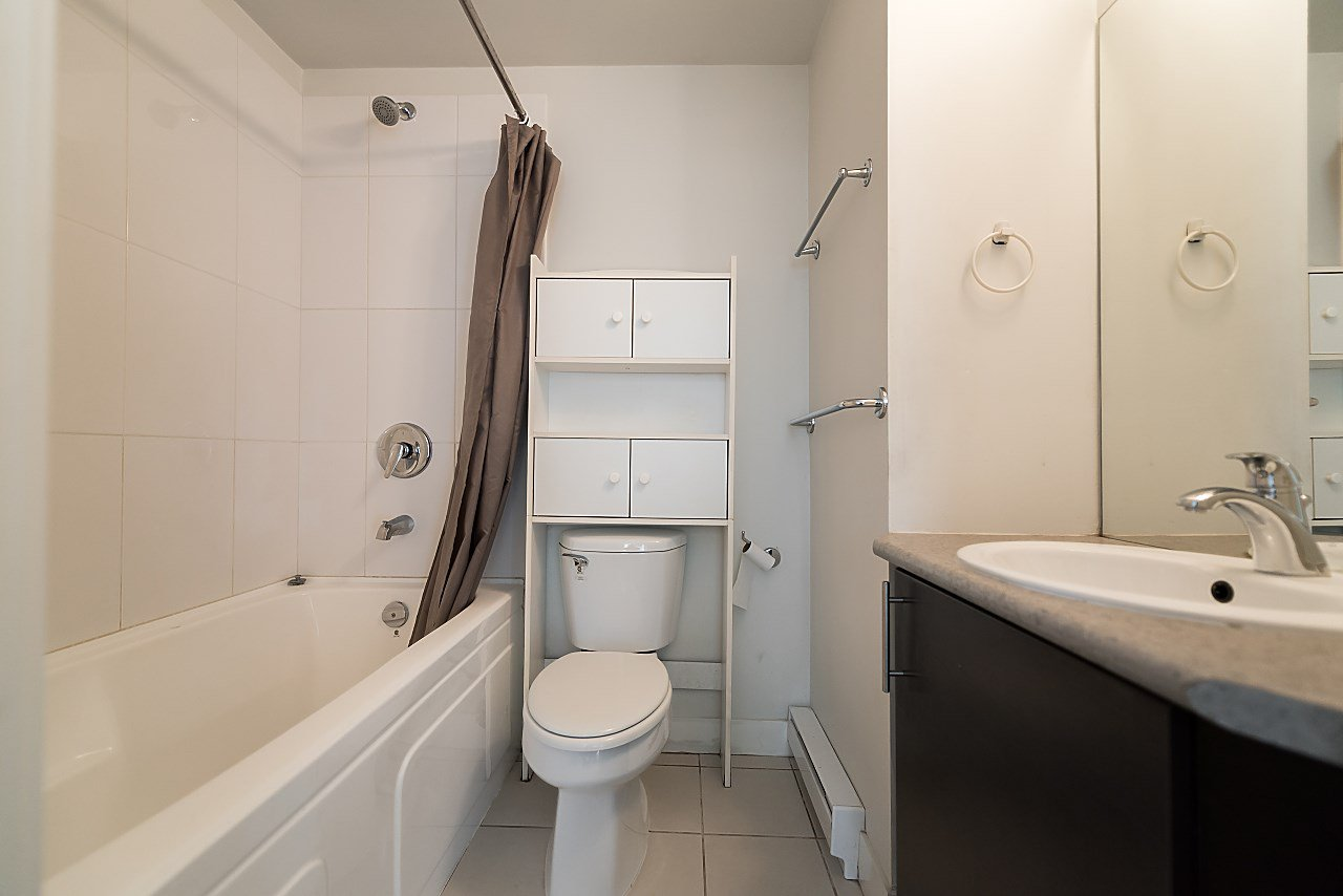 """Photo 15: Photos: 101 5692 KINGS Road in Vancouver: University VW Condo for sale in """"GALLERIA"""" (Vancouver West)  : MLS®# R2402127"""