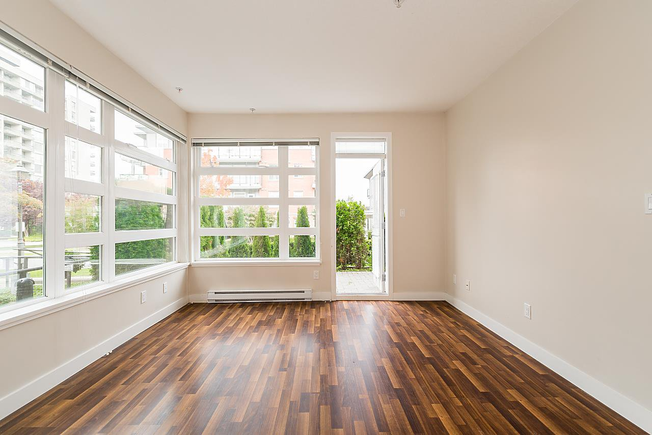 """Photo 3: Photos: 101 5692 KINGS Road in Vancouver: University VW Condo for sale in """"GALLERIA"""" (Vancouver West)  : MLS®# R2402127"""