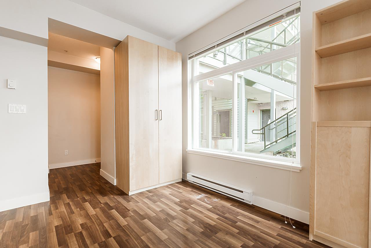 """Photo 10: Photos: 101 5692 KINGS Road in Vancouver: University VW Condo for sale in """"GALLERIA"""" (Vancouver West)  : MLS®# R2402127"""
