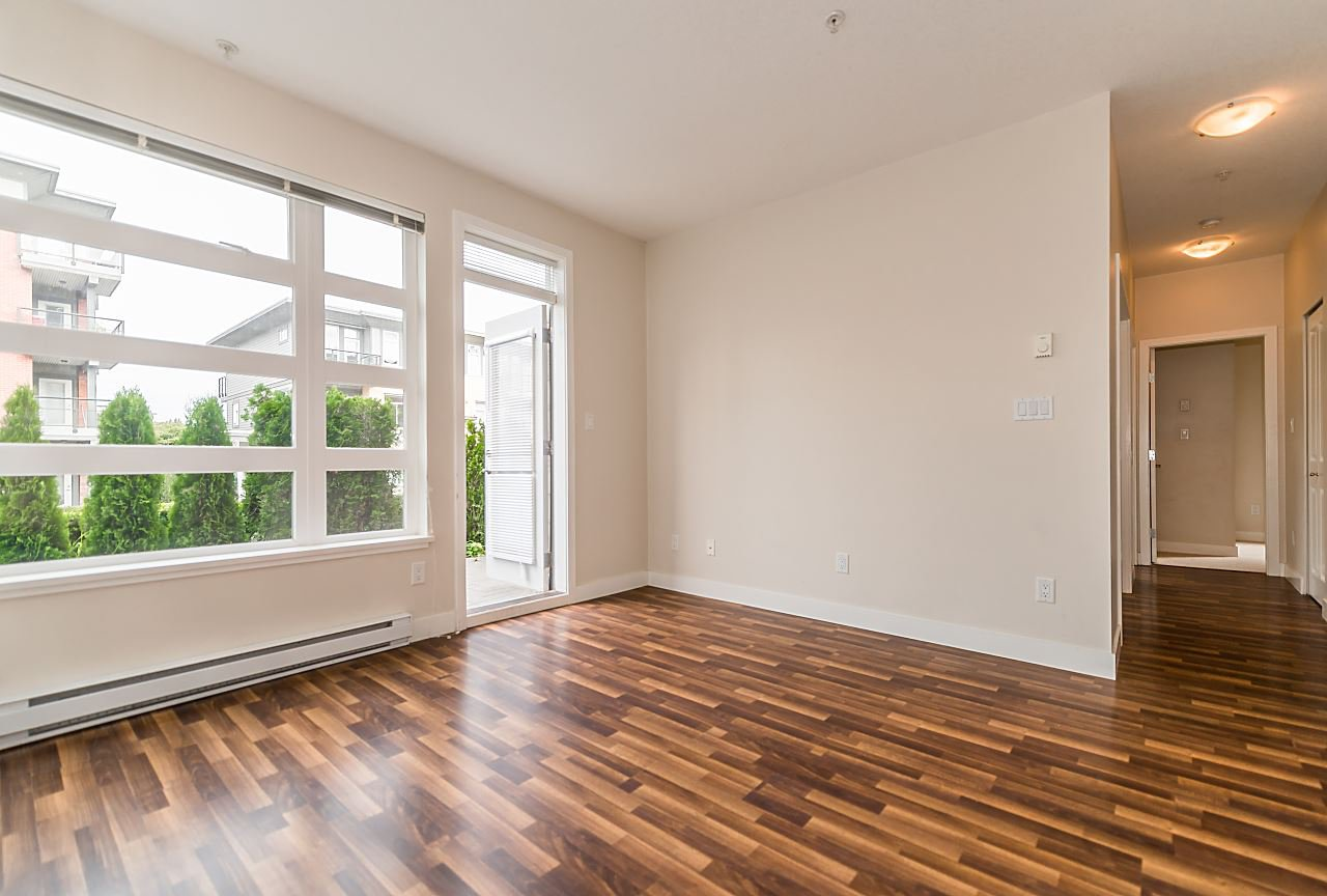 """Photo 5: Photos: 101 5692 KINGS Road in Vancouver: University VW Condo for sale in """"GALLERIA"""" (Vancouver West)  : MLS®# R2402127"""