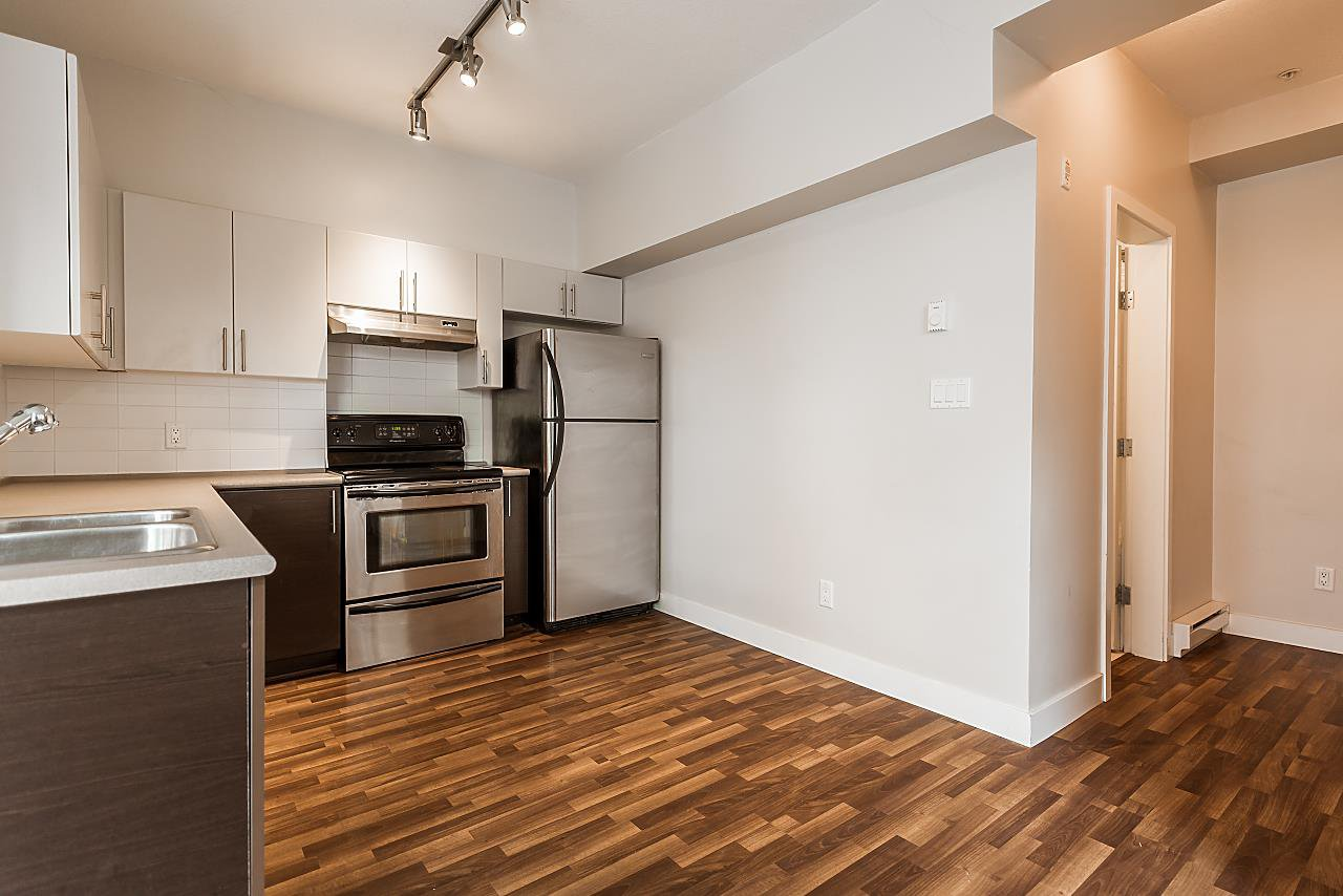 """Photo 9: Photos: 101 5692 KINGS Road in Vancouver: University VW Condo for sale in """"GALLERIA"""" (Vancouver West)  : MLS®# R2402127"""