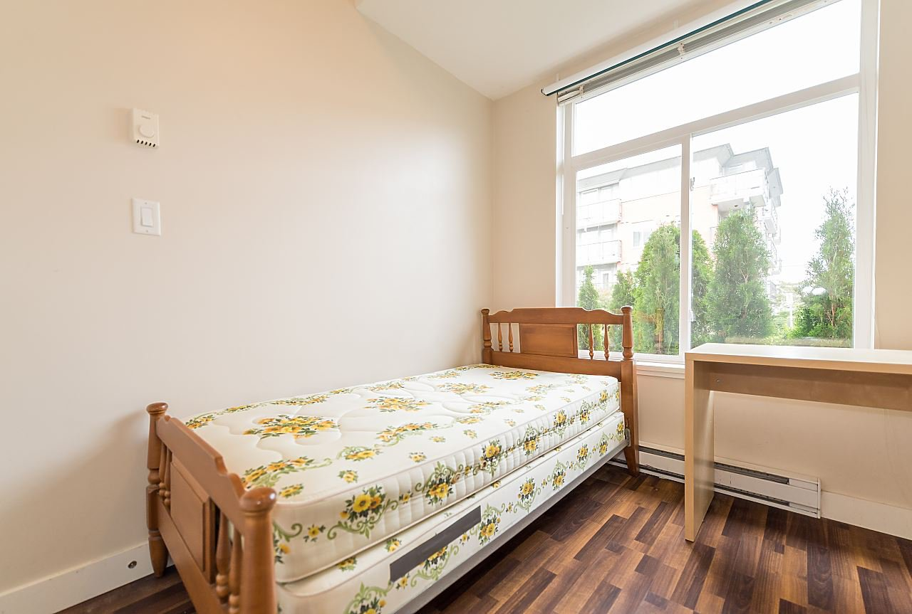 """Photo 13: Photos: 101 5692 KINGS Road in Vancouver: University VW Condo for sale in """"GALLERIA"""" (Vancouver West)  : MLS®# R2402127"""