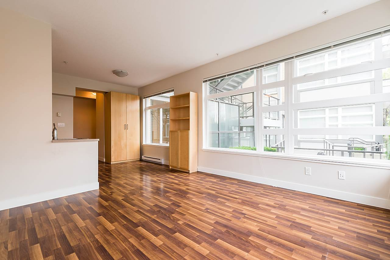 """Photo 4: Photos: 101 5692 KINGS Road in Vancouver: University VW Condo for sale in """"GALLERIA"""" (Vancouver West)  : MLS®# R2402127"""