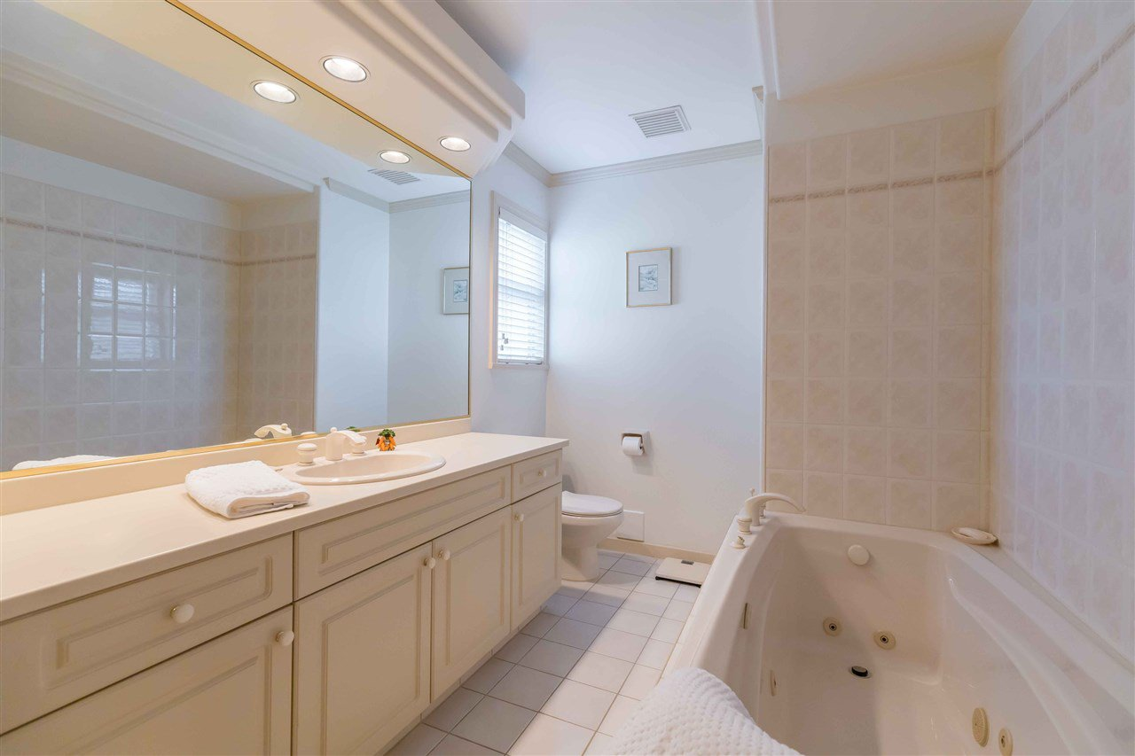 Photo 14: Photos: 3640 SABLE Avenue in Richmond: Steveston North House for sale : MLS®# R2409060