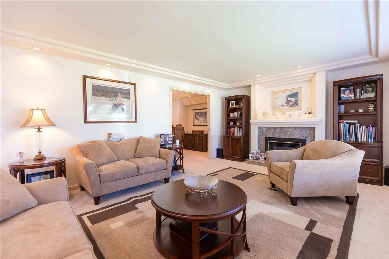 Photo 7: Photos: 3640 SABLE Avenue in Richmond: Steveston North House for sale : MLS®# R2409060