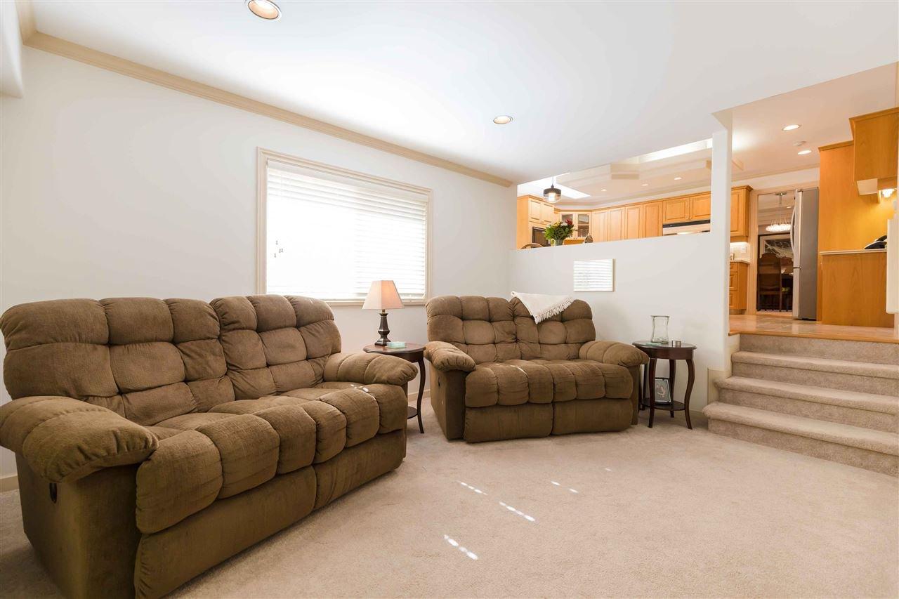 Photo 11: Photos: 3640 SABLE Avenue in Richmond: Steveston North House for sale : MLS®# R2409060