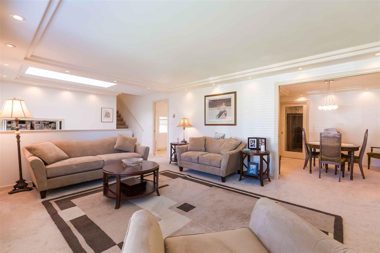 Photo 8: Photos: 3640 SABLE Avenue in Richmond: Steveston North House for sale : MLS®# R2409060