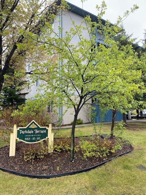 Main Photo: 409 8021 115 AVE in Edmonton: Zone 05 Condo for sale : MLS®# E4198328