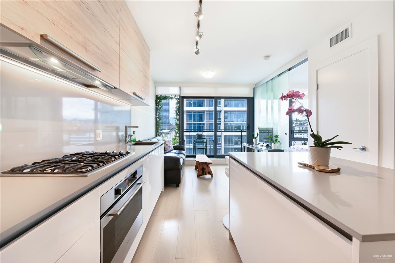 Photo 4: Photos: 1409 2378 ALPHA Avenue in Burnaby: Brentwood Park Condo for sale (Burnaby North)  : MLS®# R2463311