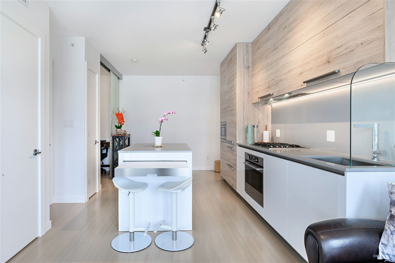 Photo 11: Photos: 1409 2378 ALPHA Avenue in Burnaby: Brentwood Park Condo for sale (Burnaby North)  : MLS®# R2463311